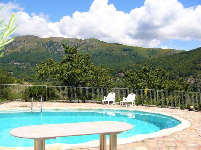 Traditional Stone House With 3 Apartments For Sale In 4 7 Ha With Pool Ardeche Moulin