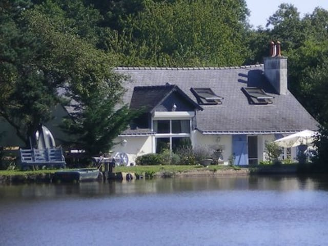 Stupendous Water Mill And Lake For Sale Maine Et Loire Pays De La Loire France Download Free Architecture Designs Viewormadebymaigaardcom